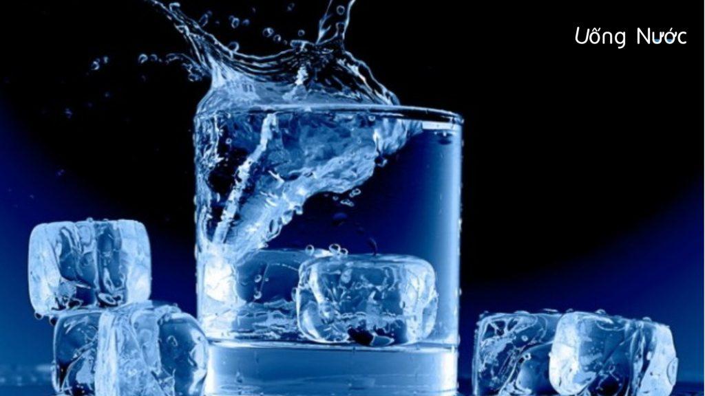 uống nước lạnh có gây hại không