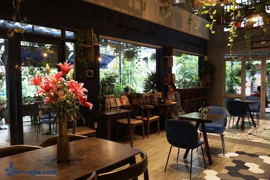 Không gian bên trong Thiên Coffee n Chill