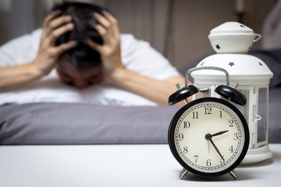 Uống trà sữa nhiều gây mất ngủ