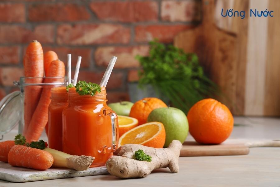 Nước ép táo, cà rốt và cam bổ sung năng lượng, khoáng chất thiết yếu cho cơ thể